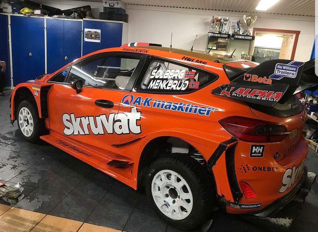 [Image: Ford_Fiesta_WRC_Henning_Solberg_2.jpg]