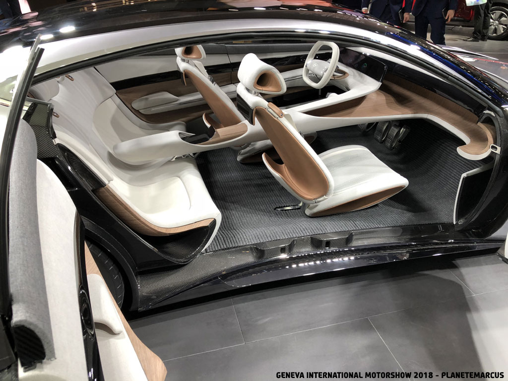 Geneva_International_Motorshow_2018_21
