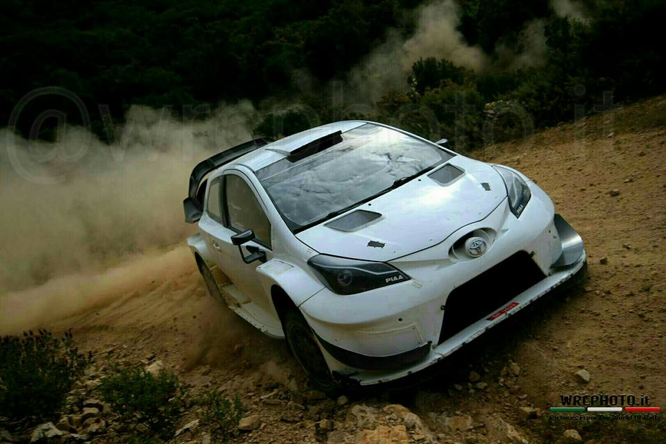 Test_Toyota_Latvala_Sardaigne0417_4