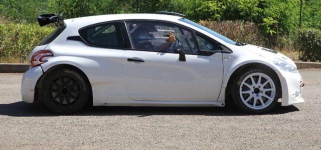 <!-- AddThis Sharing Buttons above -->Après avoir écrit son histoire avec Peugeot Sport dans les années 90 et 2000, Gilles Panizzi avait ensuite rebondi chez Mitsubishi Motors pour terminer sa carrière WRC en Espagne il […]