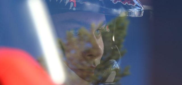 Après les deux premières qualifications remportées par Loeb, dimanche a été une fois de plus dominé par Kristoffersson qui remporte la Q3 et Q4, sa semi-finale et gagne la manche […]