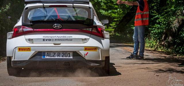 Hyundai Motorsport a choisi et vient de confirmer ce matin que les grands débuts de la nouvelle i20Rally2 se feront avec deux autos à Ypres sur asphalte avec Oliver Solberg […]